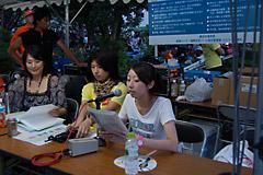 神奈川新聞花火大会にて英語によるアナウンスを実施