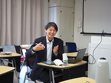 東洋大学ボランティアコーディネーター日比野勲様